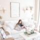 lesendes Kind im Wohnzimmer - Christiane Witt - Feng Shui Beratung